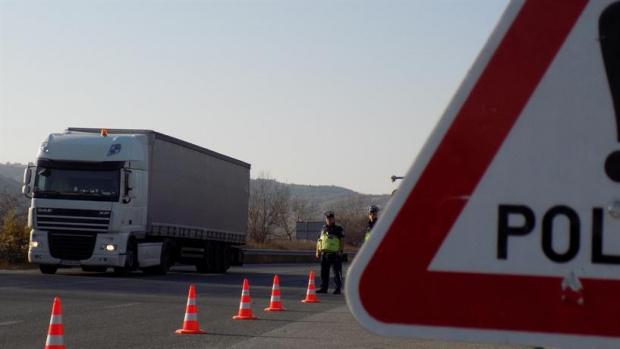 Снимка: Близо 4000 нарушения направили професионалните шофьори за седмица