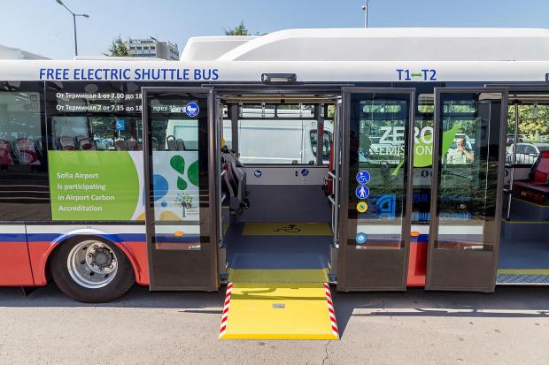 Снимка: 116 електрически автобуса тръгват по улиците на Варна и Бургас