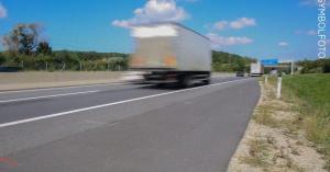 Камионът с мигранти от Куманово бил с крадени БГ номера