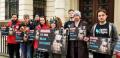 Пред 7 български посолства: Демонстрации в подкрепа на забраната на фермите за ценни кожи