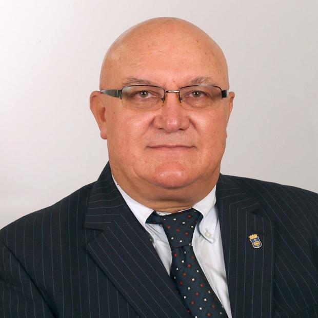 Цветан Ценков, подкрепен от СДС и други формации, побеждава с