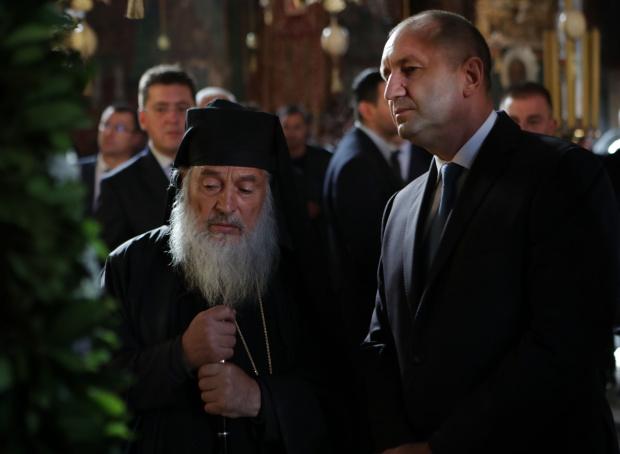 Снимка: Радев на Атон: Зографският манастир пази българския дух, вяра и език над 1000 години