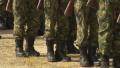 72% от българите искат наборна армия