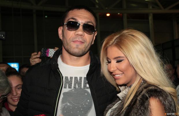 Боксьорът Кубрат Пулев и певицата Андреа отново са заедно. Ексклузивната