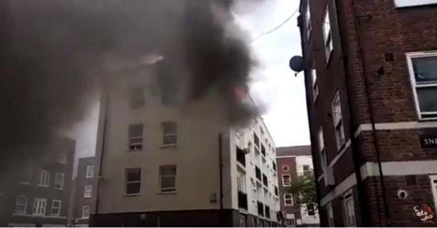 Най-малко седем души загинаха, а десетки бяха ранени при експлозия