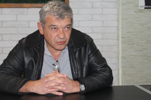 Кметът на Благоевград: Парите за празнична заря отиват за лечението на болно дете