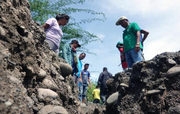 Силно земетресение с магнитуд 6,8 удари южния филипински остров Минданао