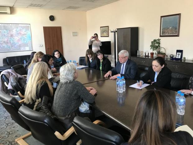 На среща с вътрешния министър Младен Мариновпредставители на протестиращите медицински