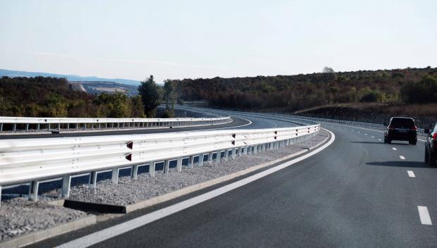 За улеснение на трафика и повишаване безопасносттта на движение в