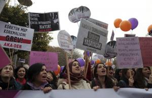 """Скандално! В Турция прокарват закон наречен """"омъжи се за твоя изнасилвач"""""""