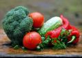 Цените на храните на едро скачат с близо 5%