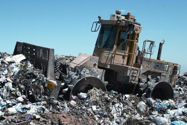 Алармират за опасни отпадъци от чужбина в ямболско село