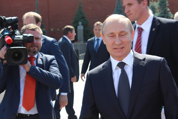 Руският президент ВладимирПутинзаяви днес, че е против идеята властта да