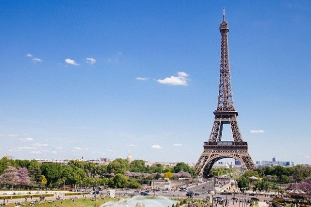 Една от основните забележителности на Париж е затворена за посетители