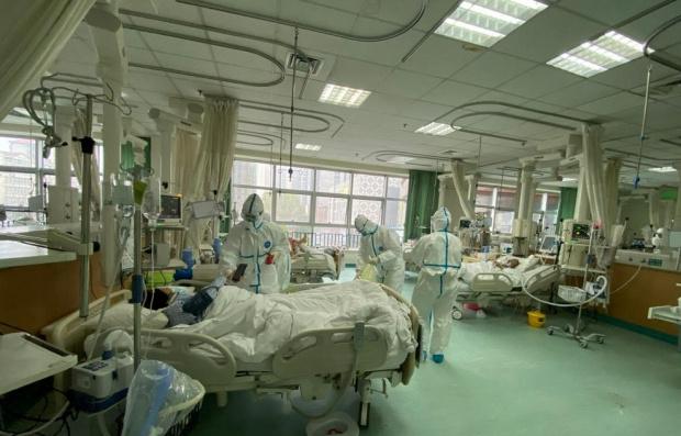 Към полунощ срещу неделя броят на заболелите от пневмония, предизвикана