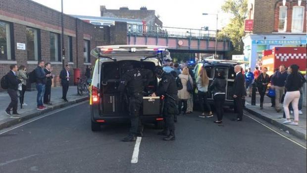Мъж нападна минувачи в Лоднон, терористина атака е, смята полицията (ОБНОВЕНА)