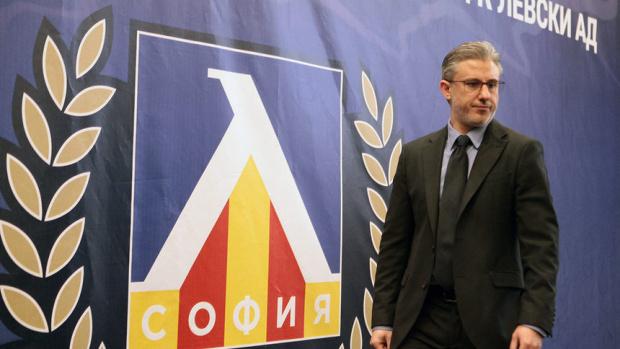 Изпълнителният директор на Левски Павел Колев отрече клубът да има