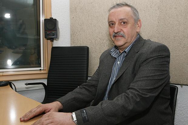 Професор Кантарджиев: Спиртът моментално убива коронавируса