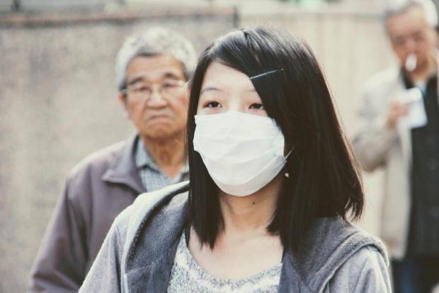 Светът е изправен пред хроничен недостиг на престилки, маски, ръкавици