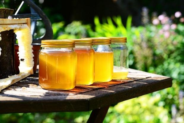 Българският мед е уникален и с висок стандарт, но липсва