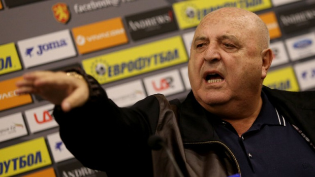 Венци Стефанов с нова атака към Бербатов: Не искаше да е футболист, но иска да е шеф