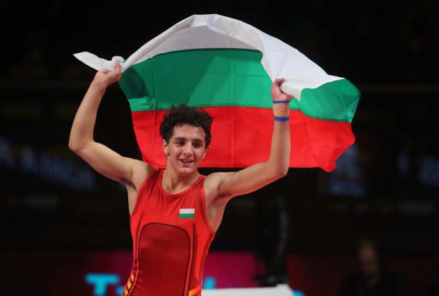 Синът на Армен Назарян - Едмонд, триумфира като Европейски шампион едва на 17 г.