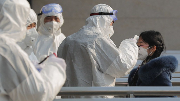 1/3 от хората по света са застрашени от коронавируса! Китай лекува по нов метод
