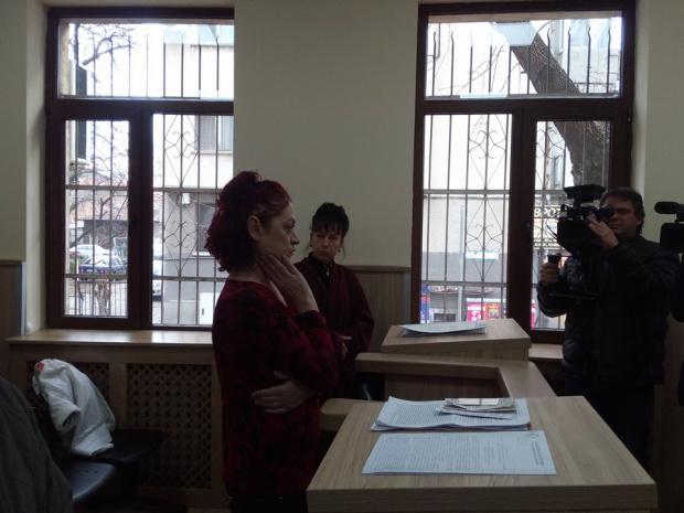 Пияната учителка Тонка от Хисар сключи сделка с прокуратурата