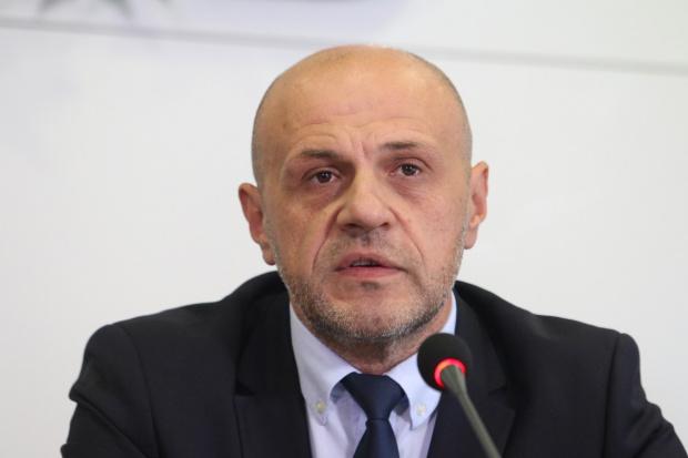 Дончев: Ще купим между 15 000 и 20 000 машини за гласуване