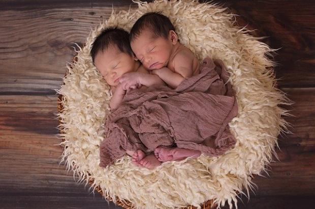 В Деня на влюбените: Три двойки близнаци се родиха в Пловдив