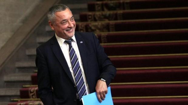 Валери Симеонов: Хазартният бизнес на Божков винаги е бил под чадъра на БСП