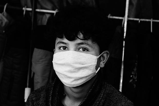 За шест дни строят фабрика за медицински маски в Пекин