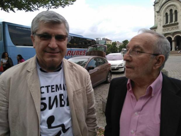 Бившият ни посланик в Москва Илиян Василев: Убиецът на Дякона не бива да има улица в София