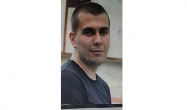Разпитват родителите на Викторио, убил приятелката и детето си