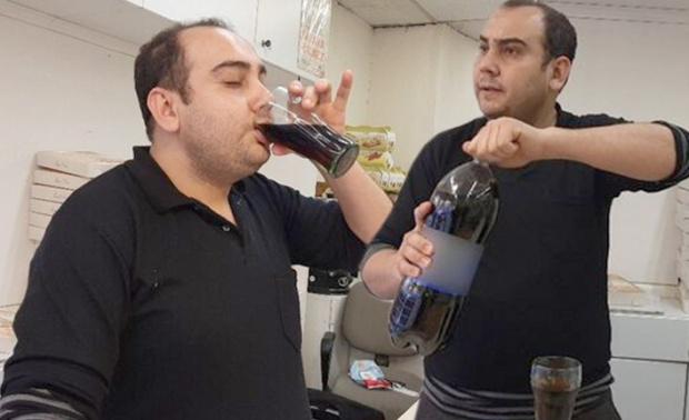 ВИДЕО Турчин от 25 г. не яде и не пие вода, консумира само по 5 литра кока-кола дневно
