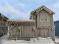 Домовете на хората в близост до езерото Ери сa покрити с дебел слой лед (ВИДЕО)