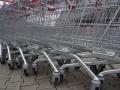 Въпреки призивите, народът окупира магазините, тръгна да се презапасява