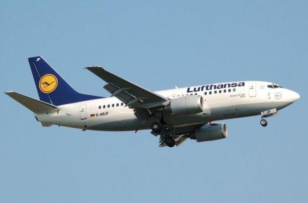 Германският водещ превозвач Lufthansa в петък заяви, че ще отмени