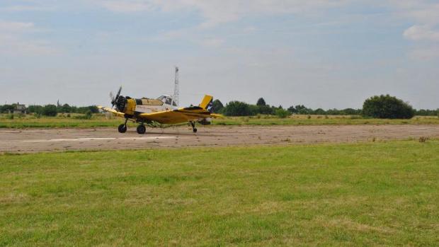Самолет от Селскостопанската авиация се включи в битката срещу коронавируса.