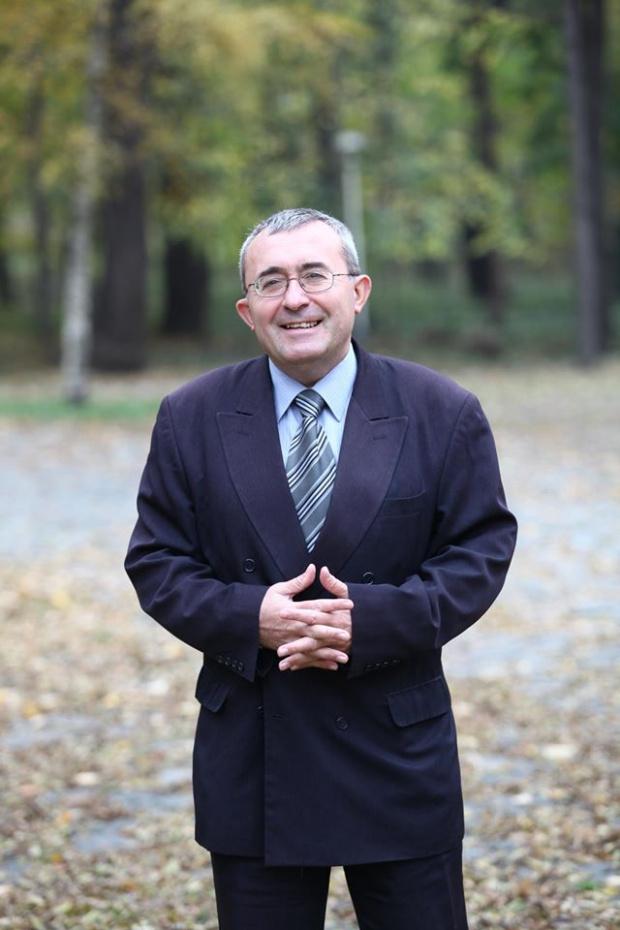 Проф. д-р Слатински: Математиката сочи, че вирусът в България ще върлува тепърва