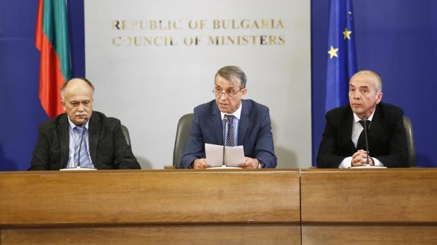 Проф. Костов: Здравето на всеки българин сега зависи от отговорността на другия