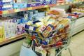 Храните по света рязко понижили цените си през март