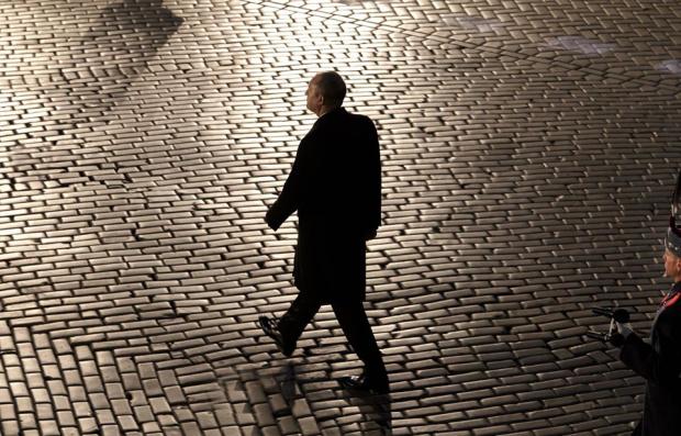Правителството дължи на обществото убедителна информация за ефекта от извънредното