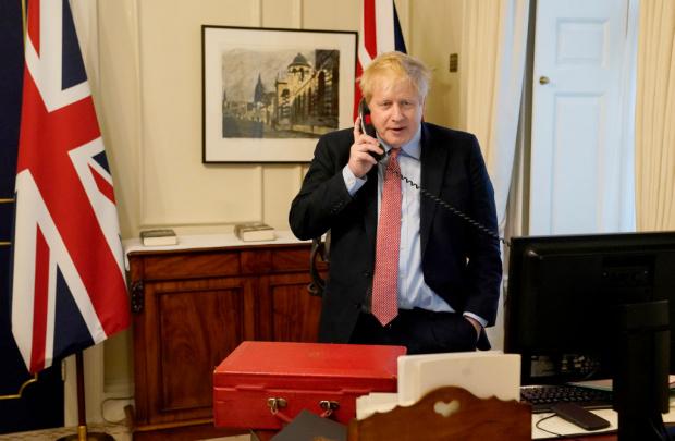 Британският премиер Борис Джонсън се е влошил през нощта, след