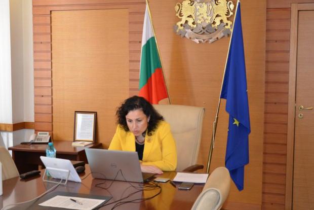 Търговските вериги предлагат да обособят фермерски пазари с български