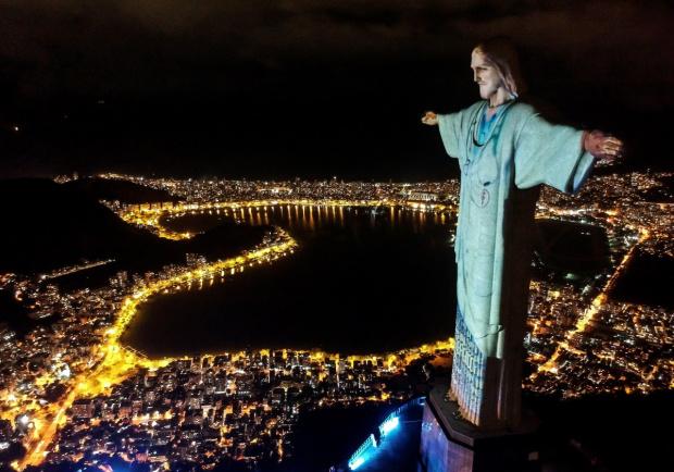 Една от най-известните забележителности по света - Статуята на Исус