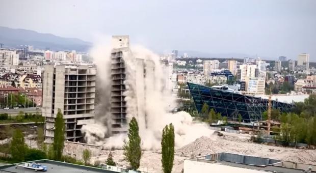 """17-етажната сграда на ИПК """"Родина"""" бе взривена и вече е"""