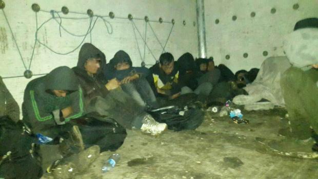 Хванаха 10 легални мигранти в Пазарджишко