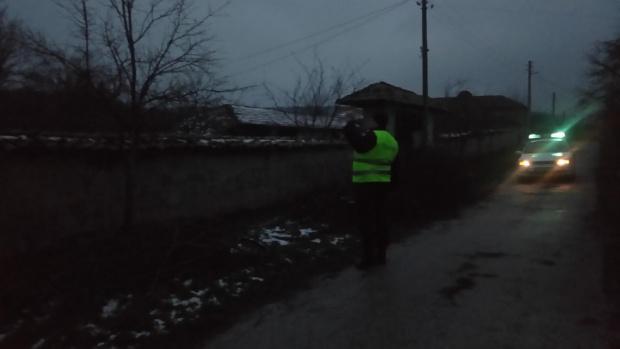 Роми нападнаха полицаи в Провадия