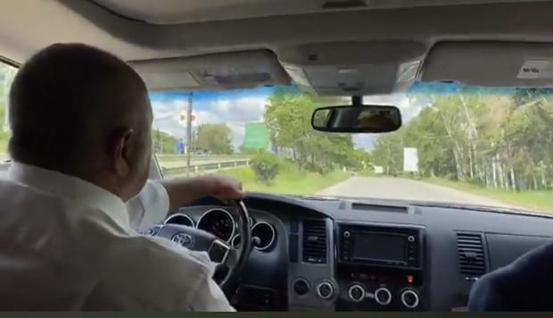 Бойко се изцепи: Аз съм шофьор на Влади Горанов, стъпил ми е на шията (ВИДЕО)